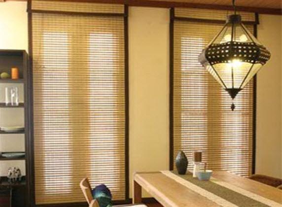 Khi không có nhu cầu sử dụng, có thể cuốn rèm lên cao. Đặc biệt, nếu mùa hè sử dụng rèm trúc không gian nhà bạn sẽ rất mát.