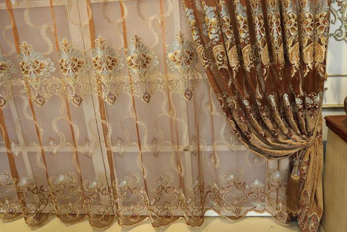 Rèm xếp ly họa tiết cổ điển được liệt kê là một trong những loại rèm cửa phòng ngủ đẹp nhất năm 2018