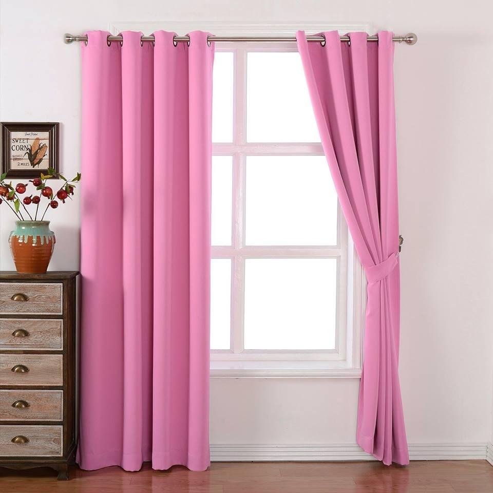 Rèm cửa sổ màu hồng