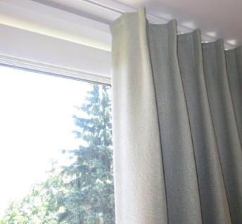 Thanh treo rèm inox kiểu đường ray dễ dàng kéo rèm lại có tính thẩm mỹ cao